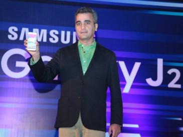 Samsung-Galaxy-J2-01-570